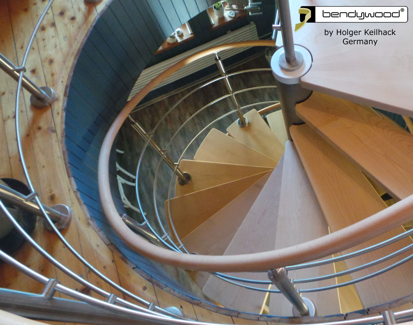 Bending wood Bendywood® - stairs with bending handrails